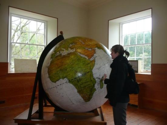 Lanark, UK: Le globe terrestre où certains pays n'apparaissaient pas où n'avaient pas le même nom qu'aujourd