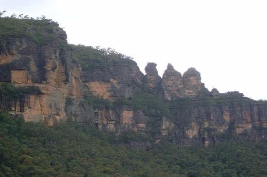Katoomba, ออสเตรเลีย: The three sisters
