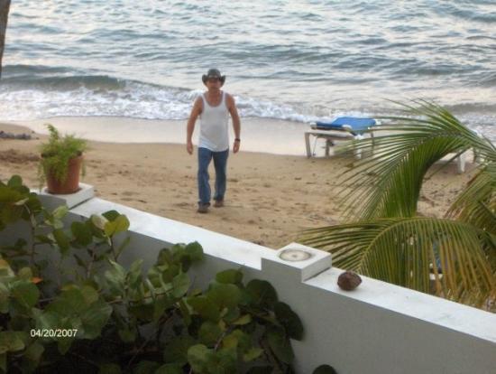 ปอนเซ, เปอร์โตริโก: Beach at our hotel, PR
