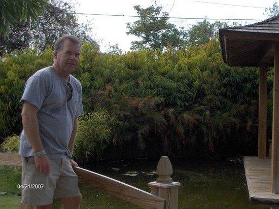 Cruz del Vigia: PR Gardens, Ponce