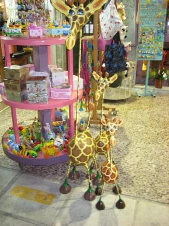 Kos Town, กรีซ: En søt giraff-familie