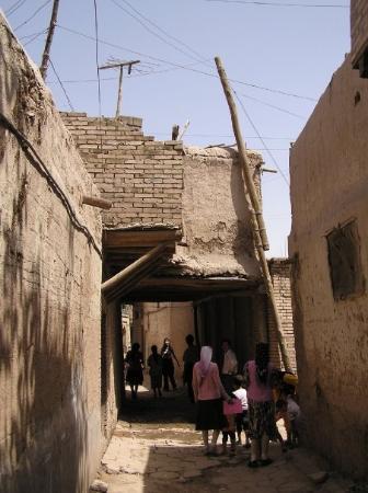 Kashgar, จีน: 深入高台民居