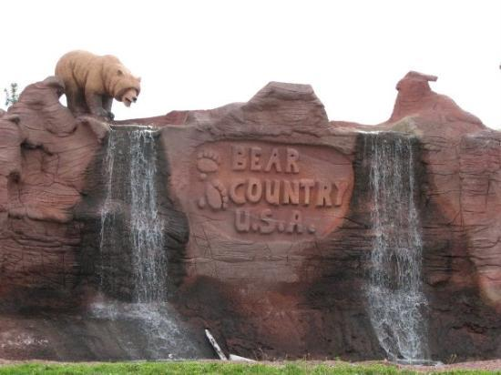 Bear Country USA: Bear Country U.S.A.  Full of awesome.