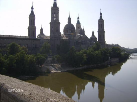 Basilica de Nuestra Senora del Pilar: El Pilar...Zaragoza...Beautiful!