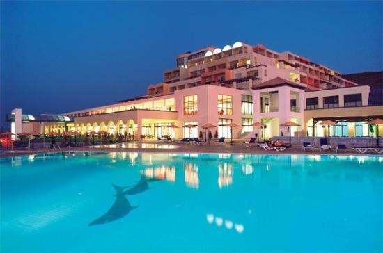 Psalidi, Greece: KIPRIOTIS PANORAMA HOTEL at night