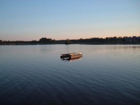 เออเรบรู, สวีเดน: Just before sunset, 2006