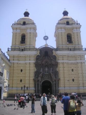 ลิมา, เปรู: cathedral