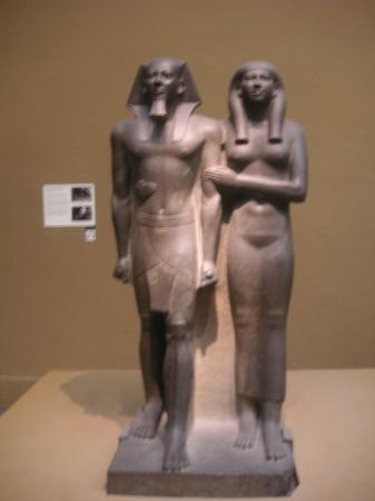 พิพิธภัณฑ์วิจิตรศิลป์: Yea, that egyptian statue.. :)