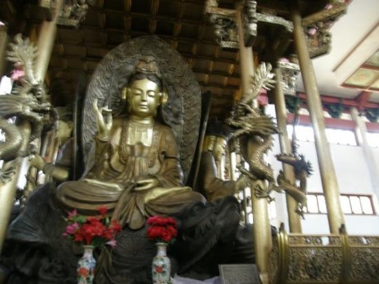หางโจว, จีน: Lingyin Temple