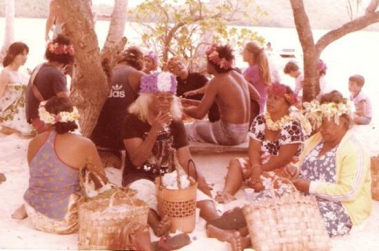ปาเปเอเต, เฟรนช์โปลินีเซีย: Bora : fête tahitienne