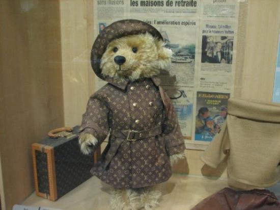 เกาะเชจู, เกาหลีใต้: The most expensive teddy bear...