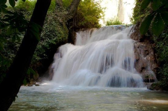 Nuevalos, สเปน: Baño de Diana