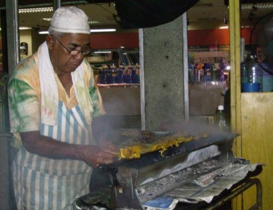 กัวลาลัมเปอร์, มาเลเซีย: Pauli's favourite chef - the night markets in KL Malaysia.