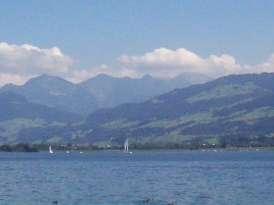 ซูริค, สวิตเซอร์แลนด์: Lake Zurich.