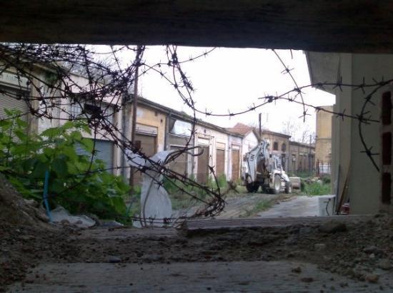 นิโคเซีย, ไซปรัส: South and North Nicosia borders