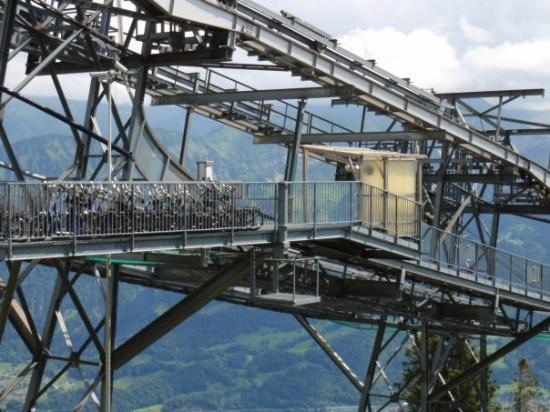 ทัน, สวิตเซอร์แลนด์: Mittelstation Vorsass, eine wunderbare Konstrukion
