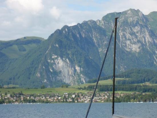 ทัน, สวิตเซอร์แลนด์: Am Hafen in Thun, Aussicht