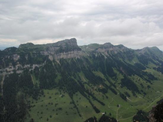 ทัน, สวิตเซอร์แลนด์: Aussicht vom Aussichtspunkt auf dem Niederhorn