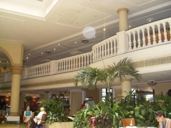 คิวบา: the lobby