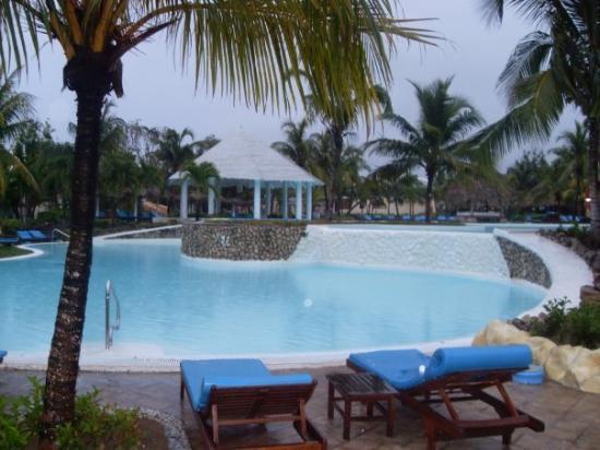 Paradisus Rio de Oro Resort & Spa: The pool
