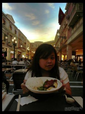 โรงแรมเดอะเวเนเชี่ยน มาเก๊า รีสอร์ท: In the Venetian Macau Resort Hotel the Grand Canal Shopping Mall (威尼斯人渡假村-大運河購物中心)