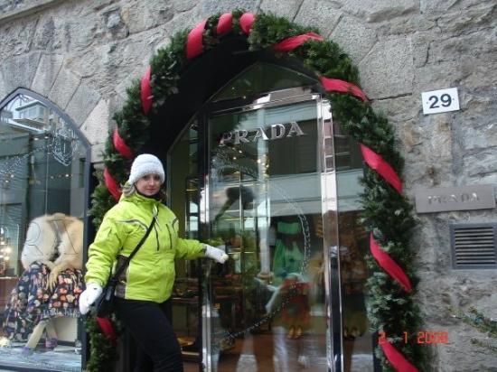 เซนต์มอริตซ์, สวิตเซอร์แลนด์: ST. MORITZ - time for shopping