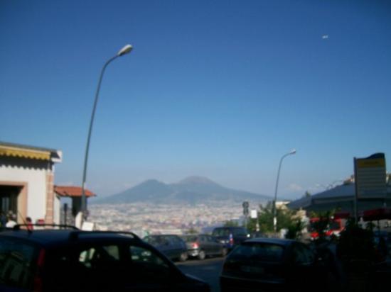 เนเปิลส์, อิตาลี: El Vesuviano
