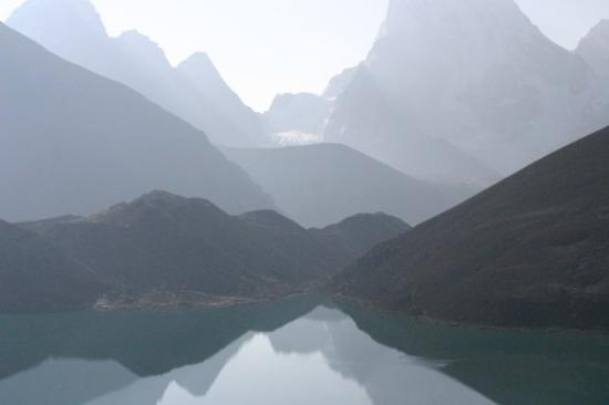 Sagarmatha National Park, เนปาล: Thirds Lake at Gokyo, 4790 meter