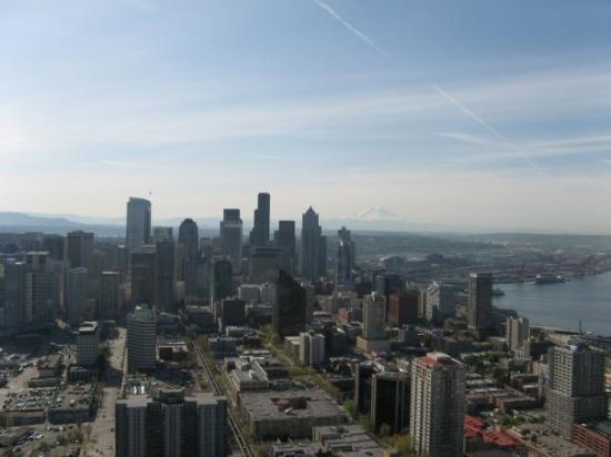 ซีแอตเทิล, วอชิงตัน: aufm Space Needle. Blick auf Seattle.