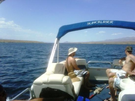 ลอกห์ลิน, เนวาด้า: That's Lake Mojave