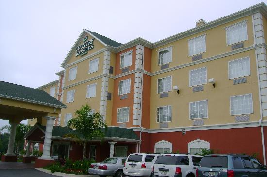 Country Inn & Suites by Radisson, Pensacola West, FL: Kinda overcast, but we still had beautiful weather!