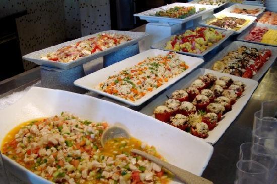 The Cove Atlantis - Mosaic: Mosaic lunch buffet