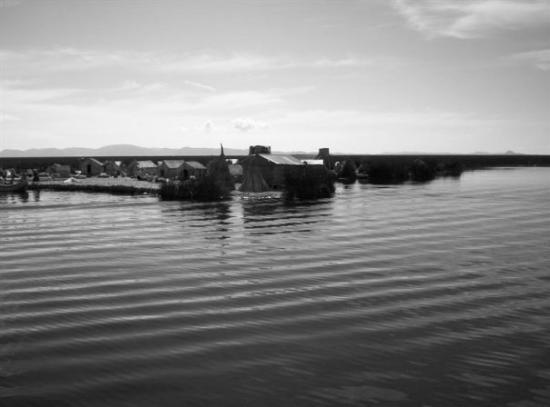 ปูโน, เปรู: Ilha flutuante de Uros Lago Titicaca