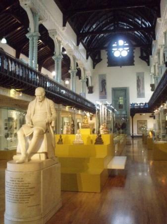 กลาสโกว์, UK: The museum inside the University