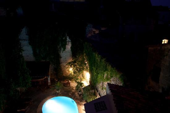 Hotel du Forum : Piscine de nuit
