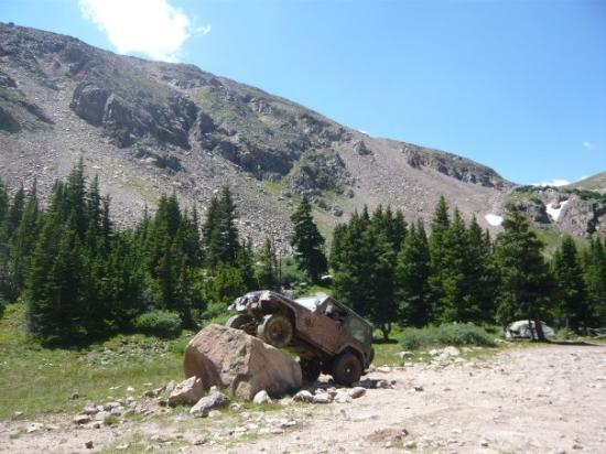 เอมไพร์, โคโลราโด: Big rock at the end of the trail