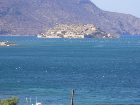 เอเลาน์ดา, กรีซ: View of Spinalonga from Elounda, Greece