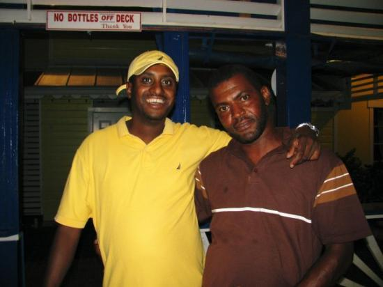 Grand Bahama Island: awwwwww we all love this picture Rico and Neil....AWWWW i miss you guys!!