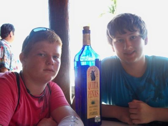 Flamingo's Seafood Restaurant: Me and Kurt at Flamingo's mexican resturaunt in Yucatan
