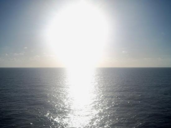 Cozumel (เกาะโกซูเมล), เม็กซิโก: The sunset on the first full day at sea