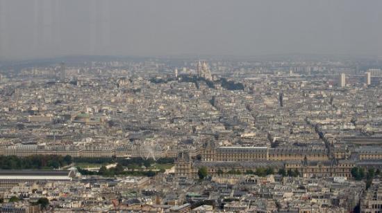 Paris Authentic: Ago 09: Vista desde la Tour Montparnasse. A 210 m de altura es el edificio mas alto de Francia.