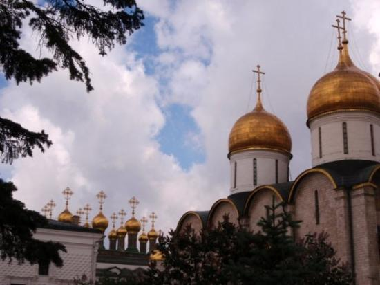 Cathedral Square: The Cathedral of the Dormition.