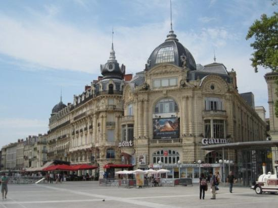 montpellier picture of place de la comedie montpellier. Black Bedroom Furniture Sets. Home Design Ideas