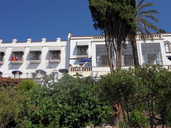 Bel Soggiorno Hotel: leuk hotel met het nodige comfort. Verzorgde kamers met vernieuwde badkamer, bed, airco, tw en b