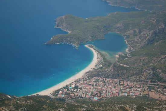 โอลูเดนิซ, ตุรกี: Paragliding, zicht op Ölüdeniz