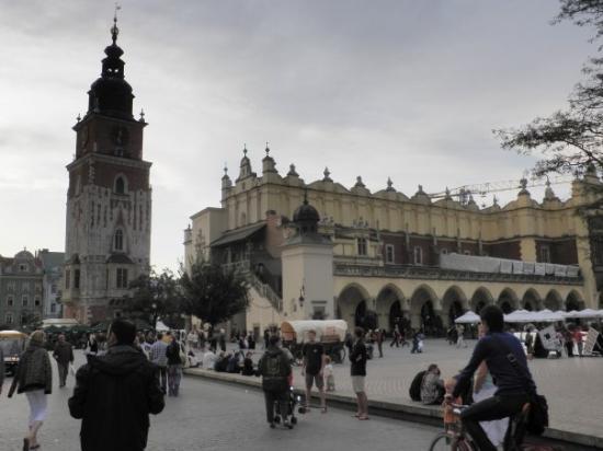 ตลาดนัดรีเน็ค โกลนี่: Plaza del mercado en Cracovia