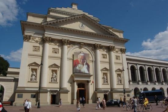 วอร์ซอ, โปแลนด์: lenkai be popieziaus ne is vietos