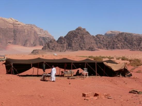 Wadi Rum, จอร์แดน: Bedoiun Camp
