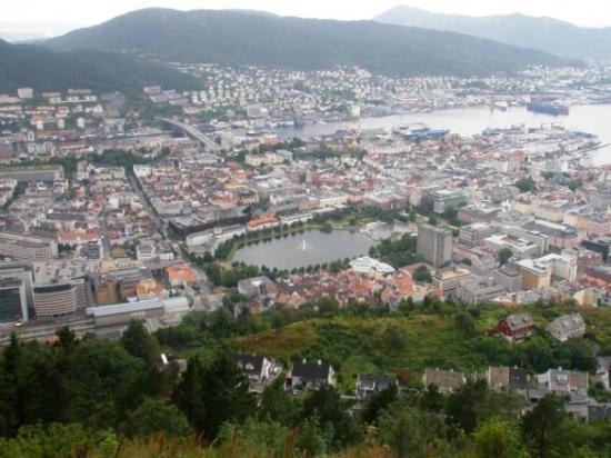 แบร์เกน, นอร์เวย์: View of Bergen from Fløiyen