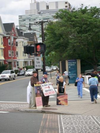 บอสตัน, แมสซาชูเซตส์: Protest against abortion